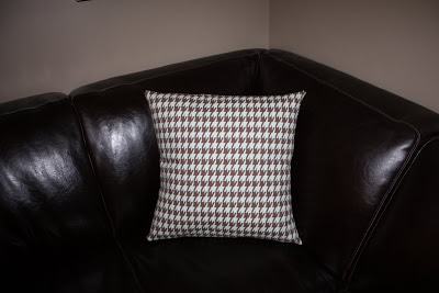 sewing sarah - throw pillow fabric