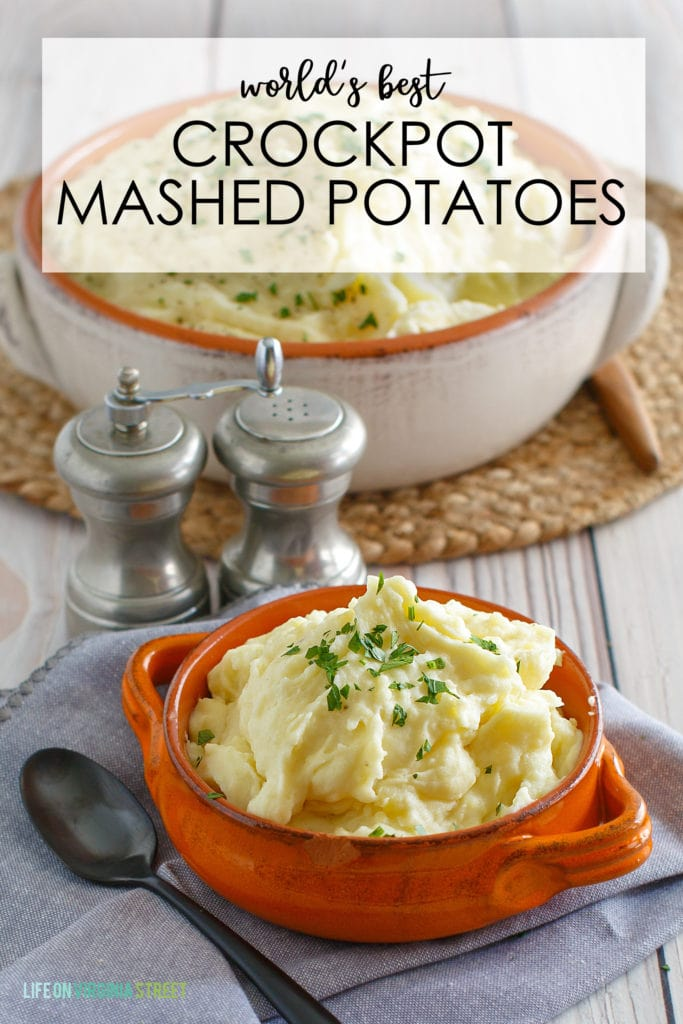 This world's best crockpot mashed potatoes recipe graphic.