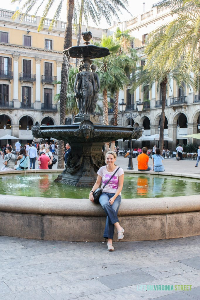 Fountain at Placa de Reial in Barcelona, Spain.