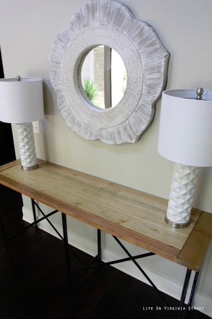 Safavieh Simon Natural Console Table with White Distressed Mirror and White Geometric Lamps