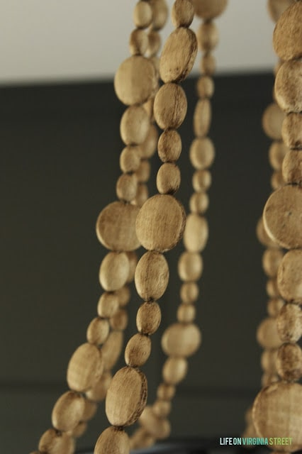 Up close picture of the individual wood beads.
