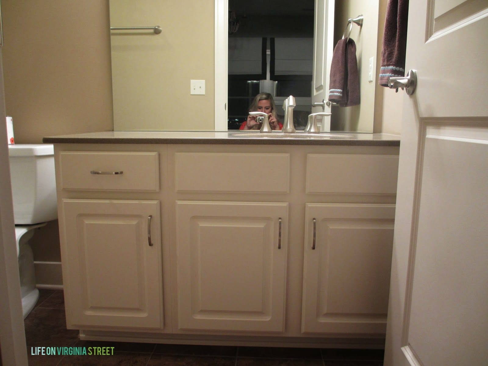 How to paint bathroom cabinets - Bathroom Vanity Makeover Using Country Chic Paint