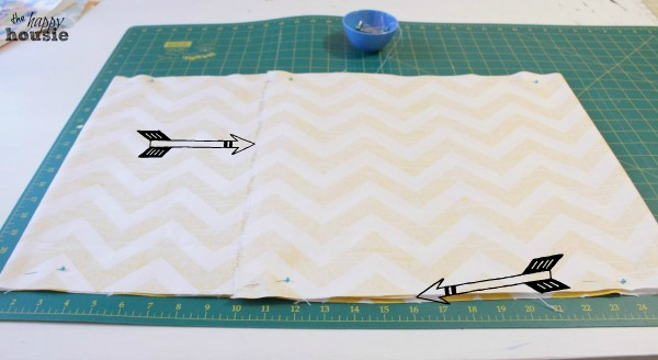 DIY Envelope Lumbar Pillow seam and pin at the happy housie