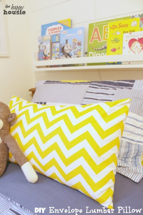 DIY Envelope Luymbar Pillow easy at the happy housie