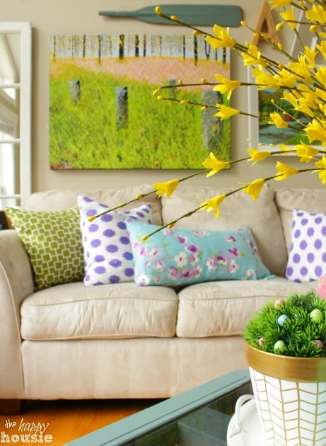 Simple Stunning DIY Envelope Pillow Tutorial 1 at The Happy Housie