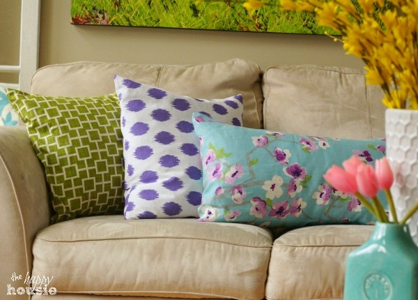 Simple Stunning DIY Envelope Pillow Tutorial 3 at The Happy Housie