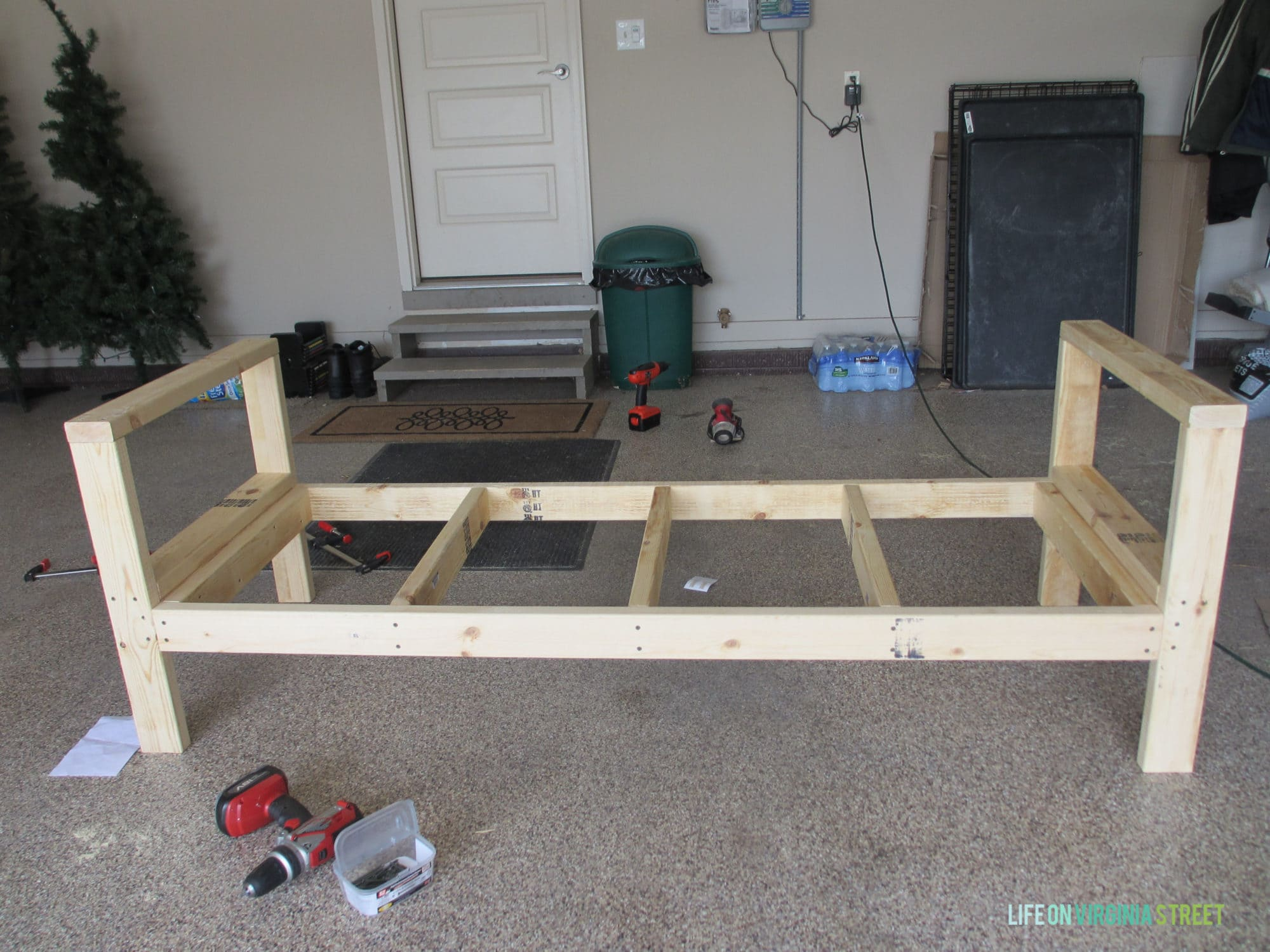 How to build a diy outdoor couch life on virginia street for Diy timber frame plans