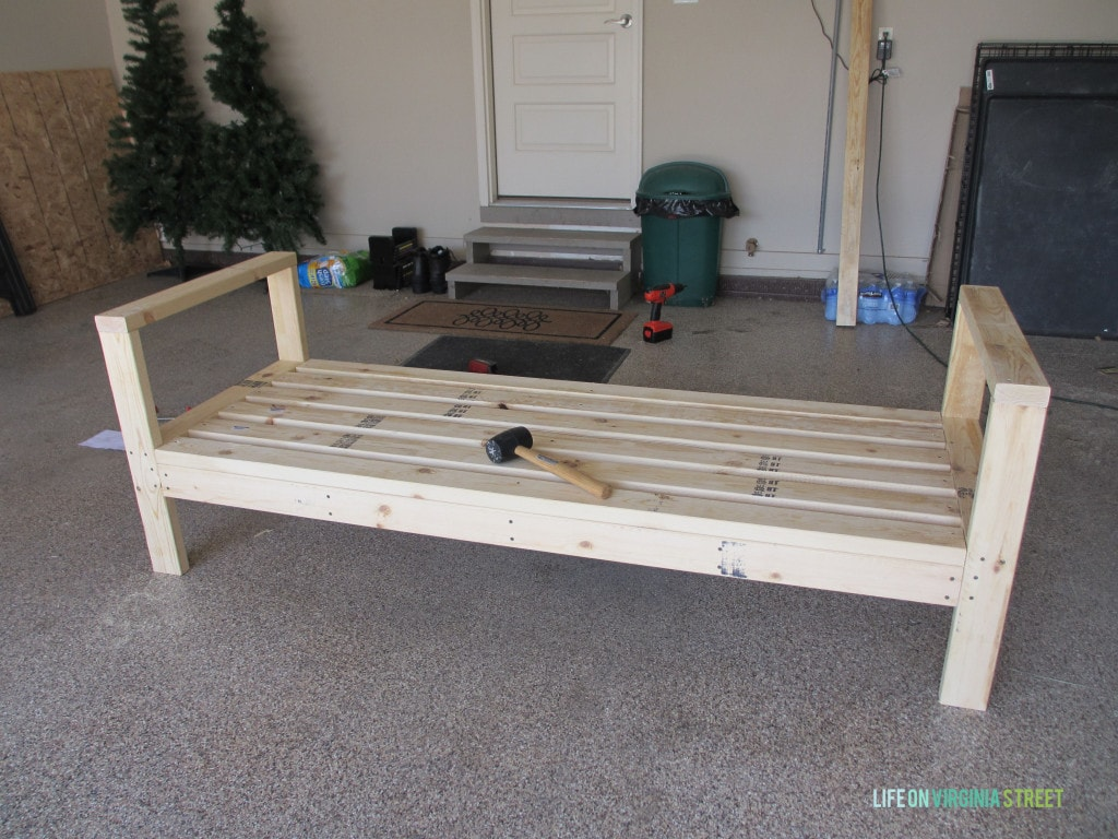 How to build a diy outdoor couch life on virginia street for Build your own couch cheap