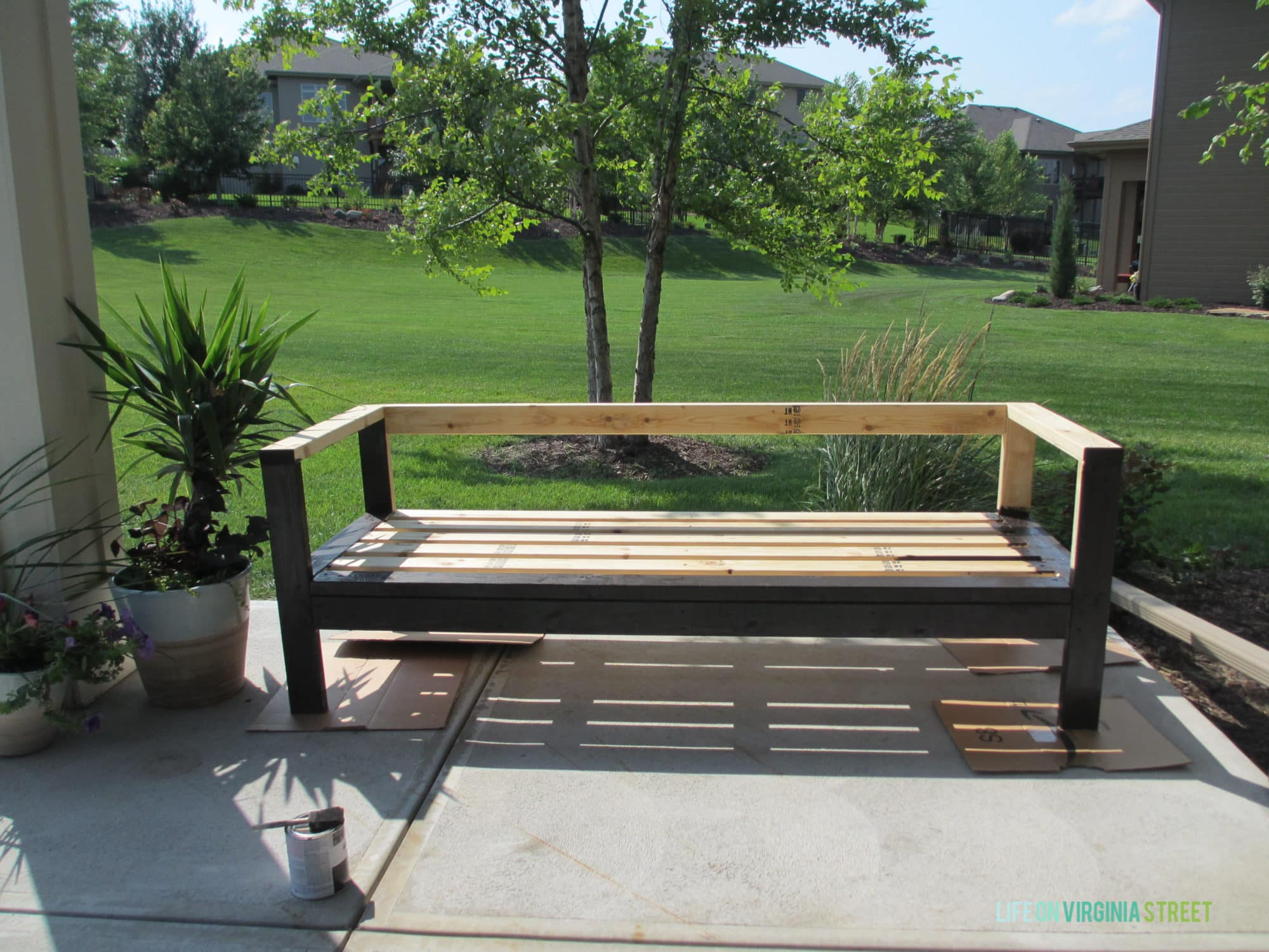 Diy sofa plans build your own couch build your own couch with - Diy Outdoor Couch Wood Stain