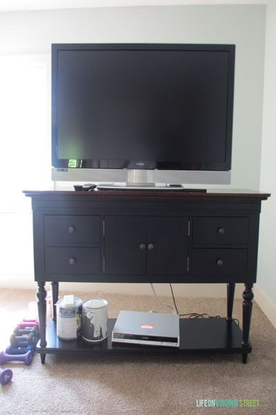 craft room tv stand before