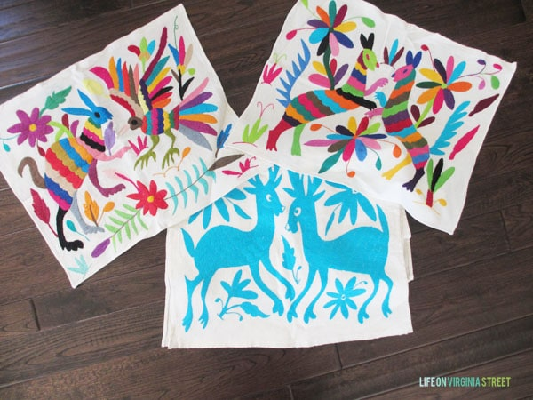 Otomi Runner and Placemats