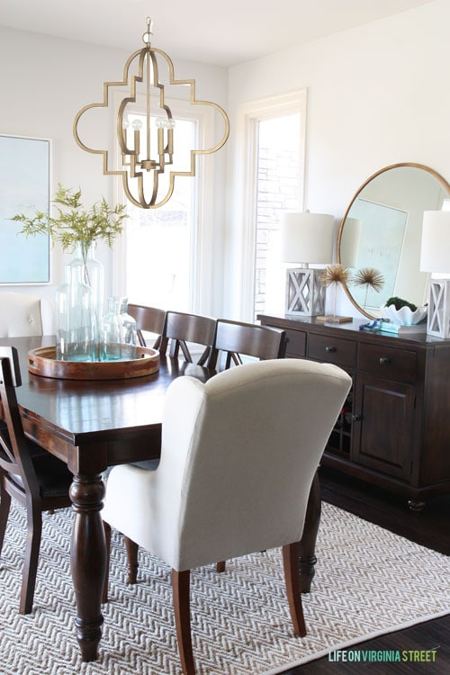 Quatrefoil Brass Chandelier in the Dining Room - mockup