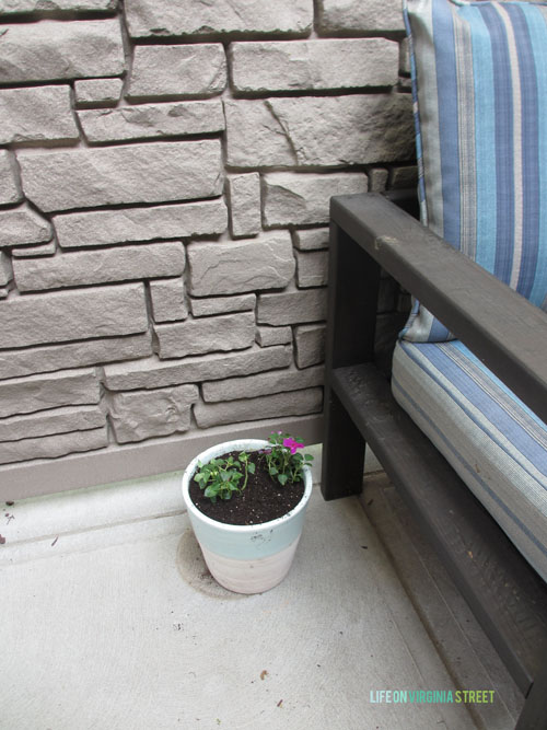 Courtyard Planters and DIY Couch - Life On Virginia Street