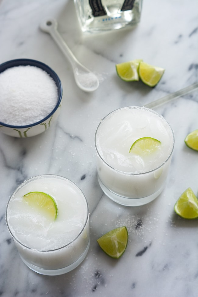 { Skinny Coconut Margarita Recipe }