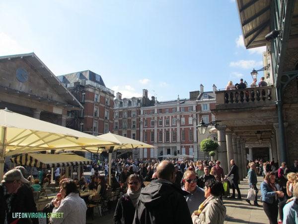 London - Covent Garden - Life On Virginia Street
