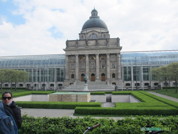 A garden view from Munich's bike tour.