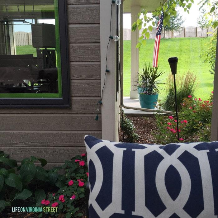 Courtyard - Life On Virginia Street