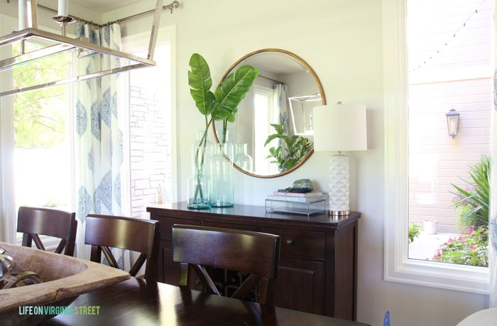 The courtyard view of this light, bright dining room makeover.