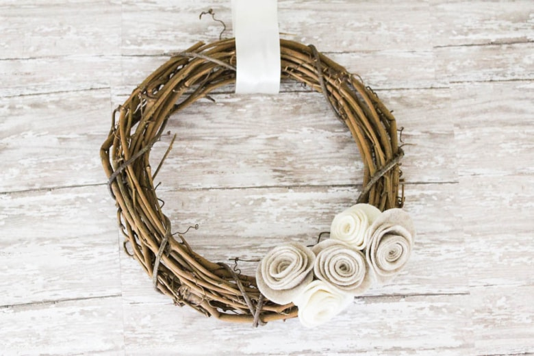 10 Minute Fall Wreath Pretty Preppy Party October Edition!