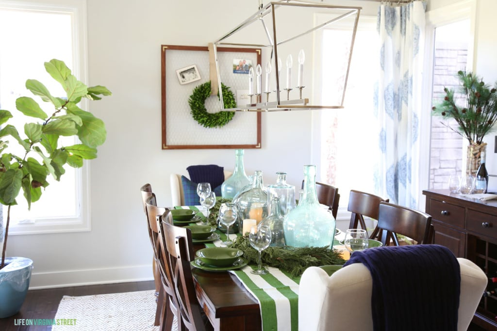 Christmas Dining Room Table - Life On Virginia Street