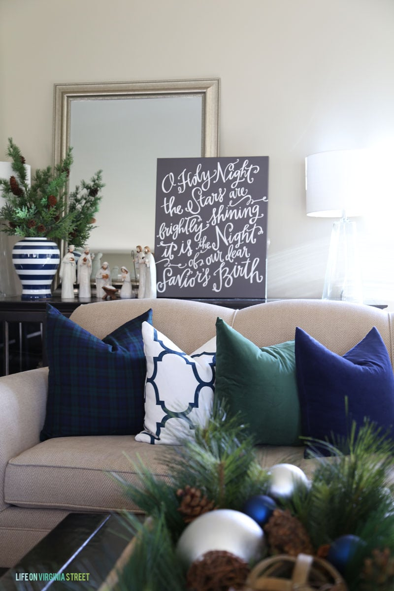 Holiday home tour details with home decorators a for Seasonal decorations home