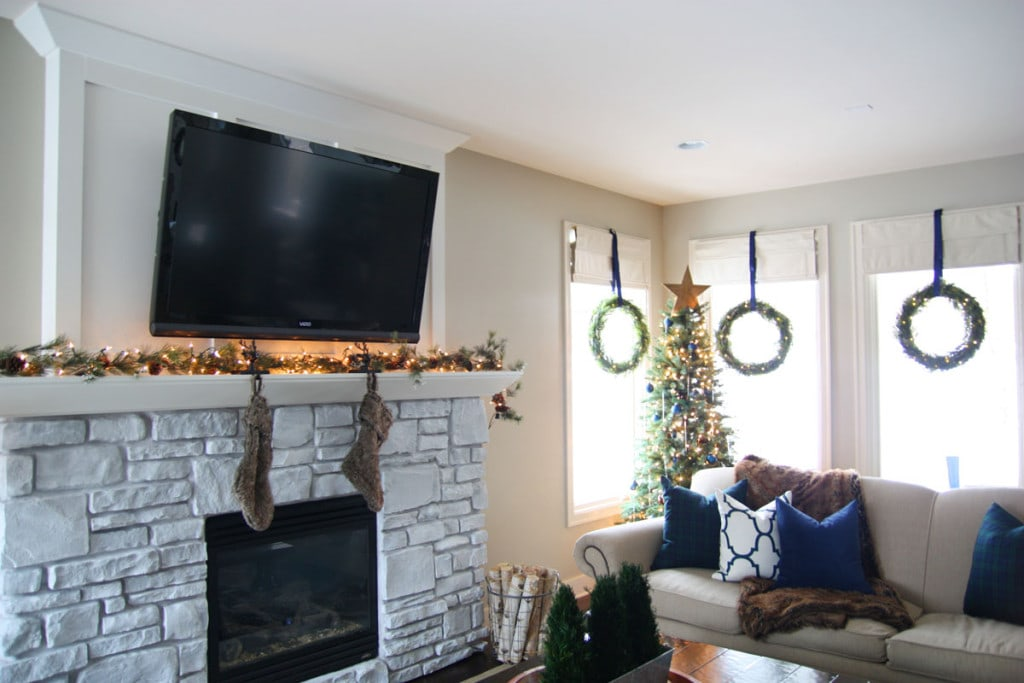Christmas Living Room - Life On Virginia Street