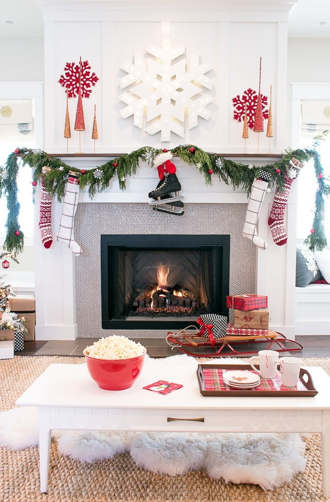 Christmas Living Room via Lindsay Hill Interiors