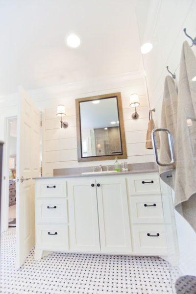 10 Small Powder Baths with Big Style