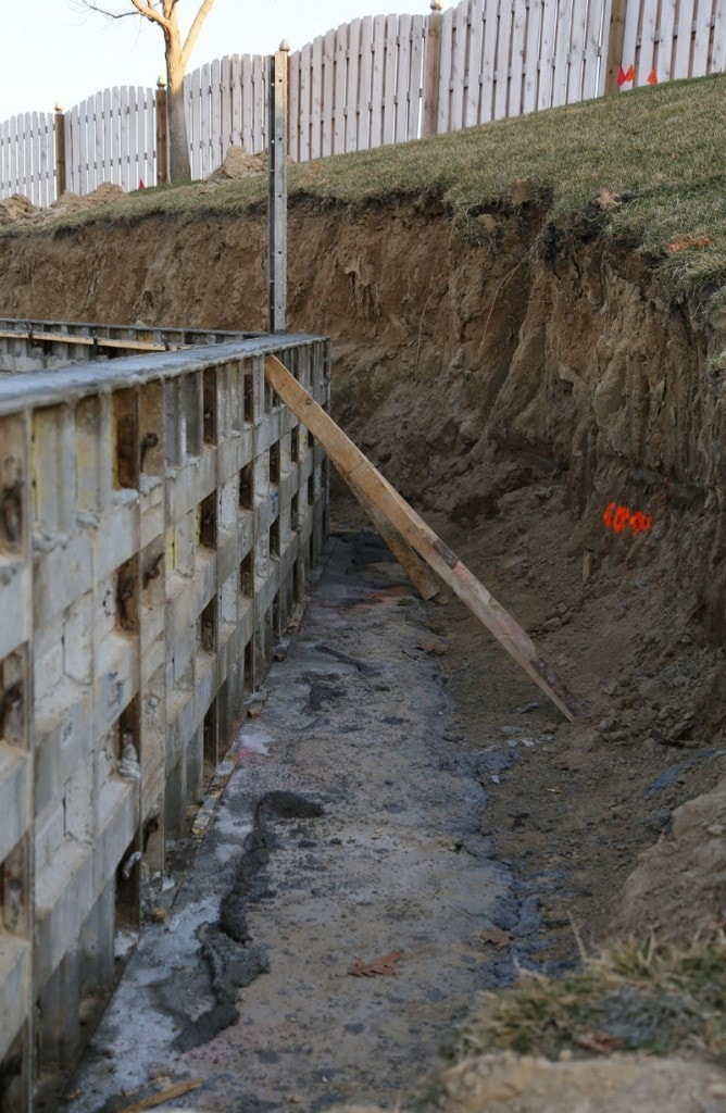 Behind the Retaining Wall 03-10-16