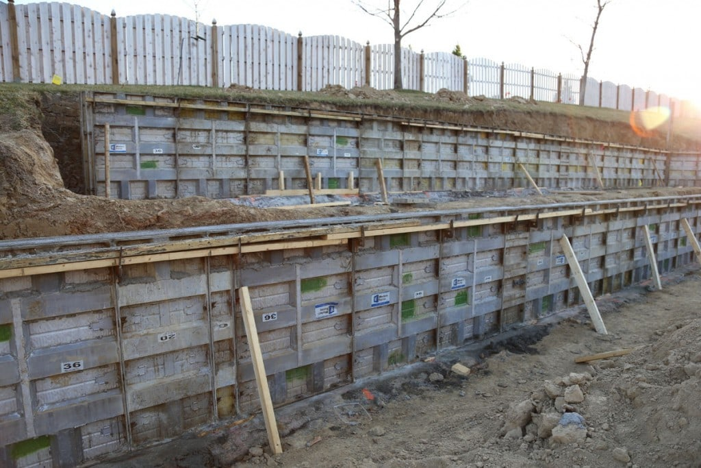 Retaining Wall Forms 03-10-16