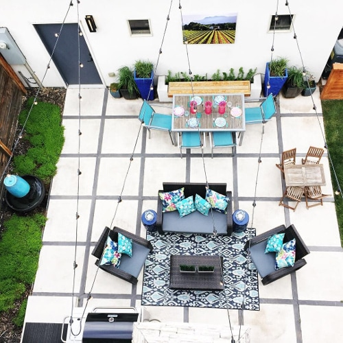 Aerial view of a patio.