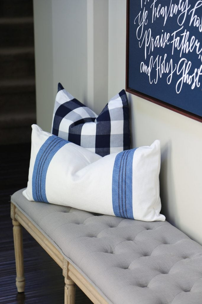 fall-home-tour-bench-with-buffalo-check-and-striped-pillows