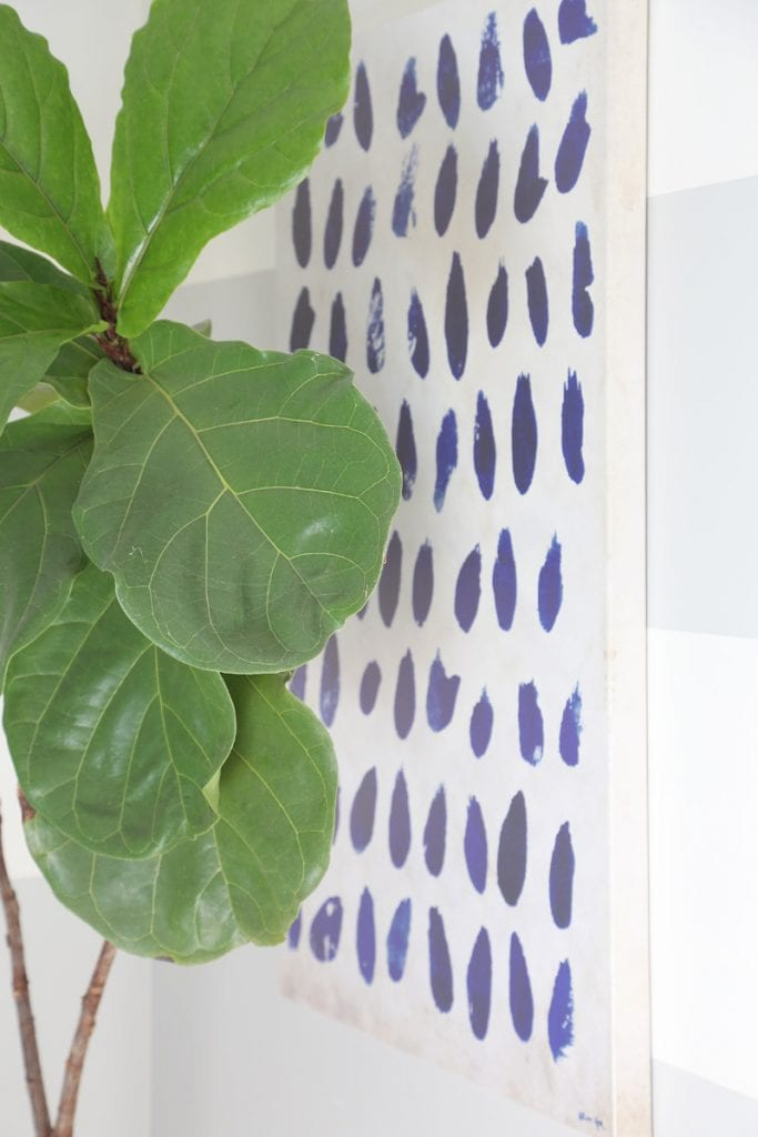 fiddle-leaf-fig-and-blue-and-white-dot-art-via-life-on-virginia-street