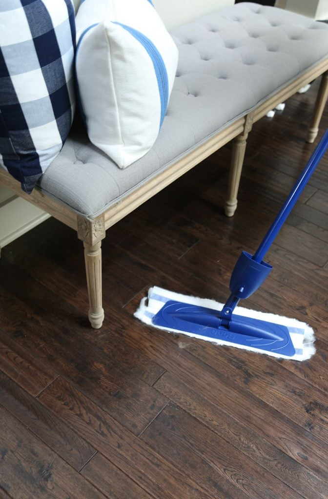 how-to-get-fur-off-hardwood-floors