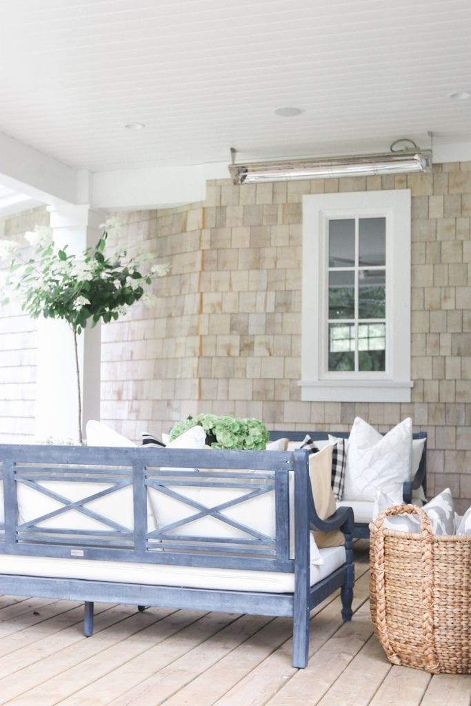 outdoor-living-space-via-monika-hibbs