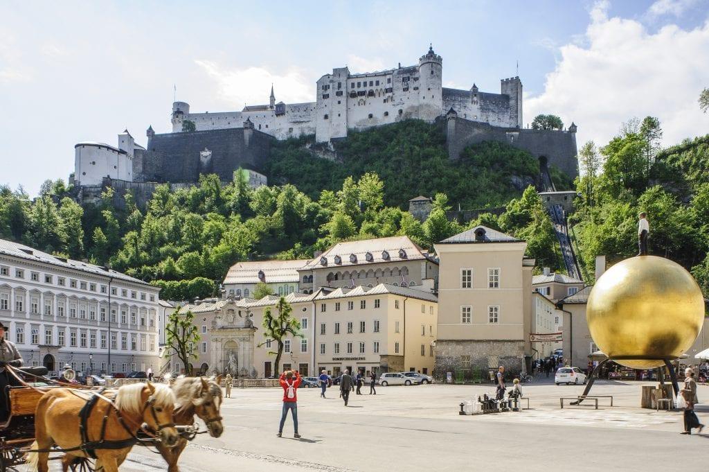 Kapitelplatz Salzburg Tourismus Salzburg gmbh Bryan Reinhart