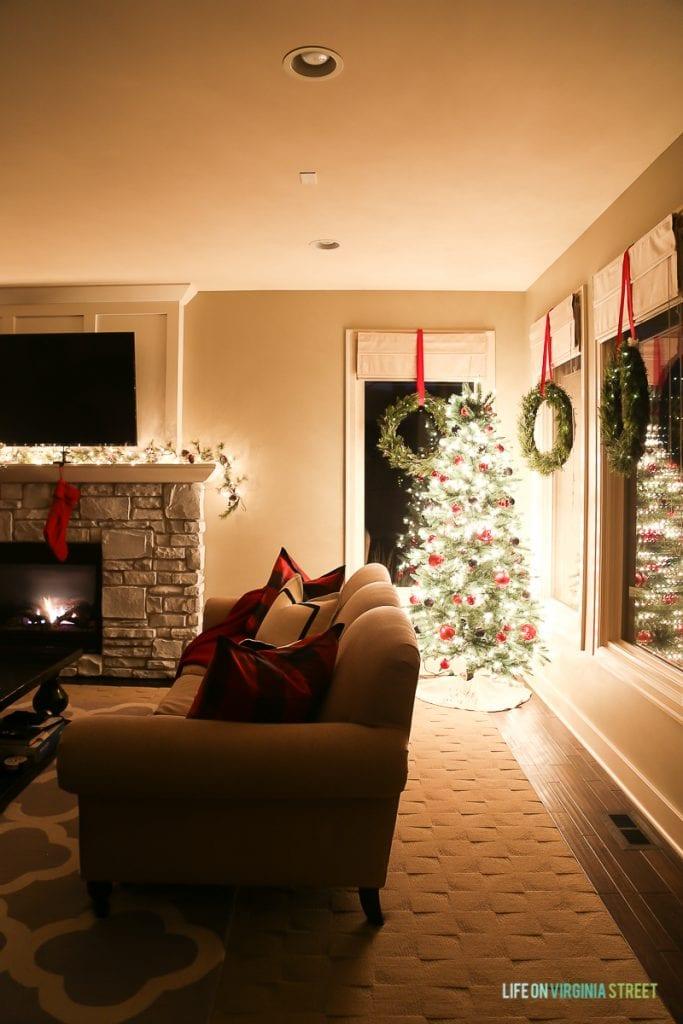Christmas Nights Tour Lights On Display Life On Virginia