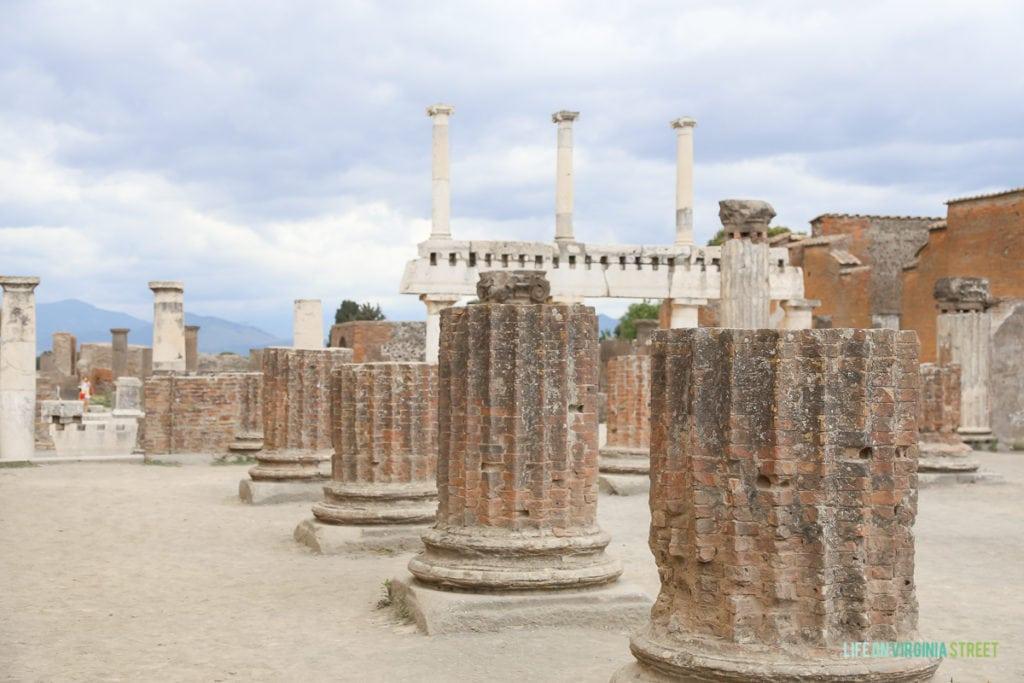 Arriving in Pompeii.