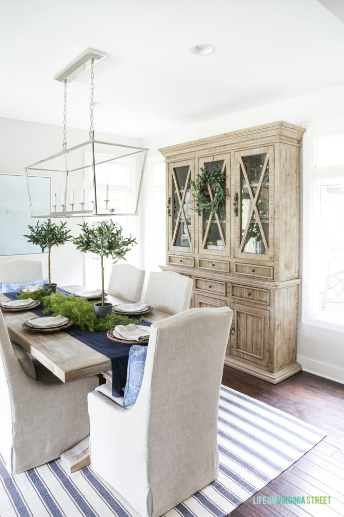 Blue And White Dining Room With Reclaimed Wood Dining Room Hutch. This Post  Offers Several
