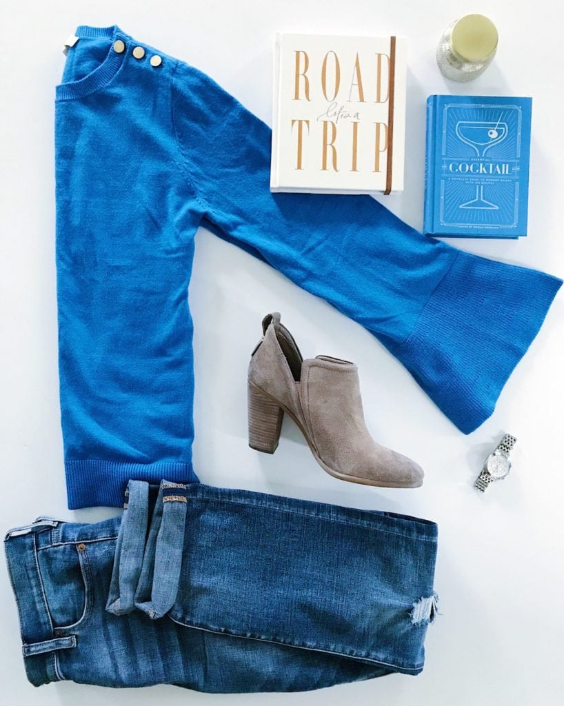 Weekend sale favorites including this blue sweater, jeans and booties from LOFT.