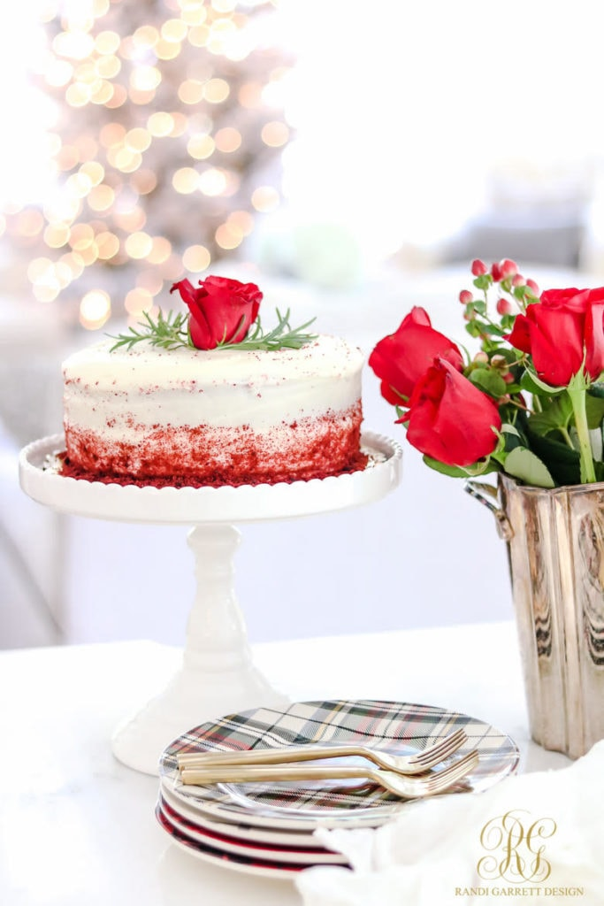 Beautiful Christmas roses and Christmas cake from Randi Garrett Designs.