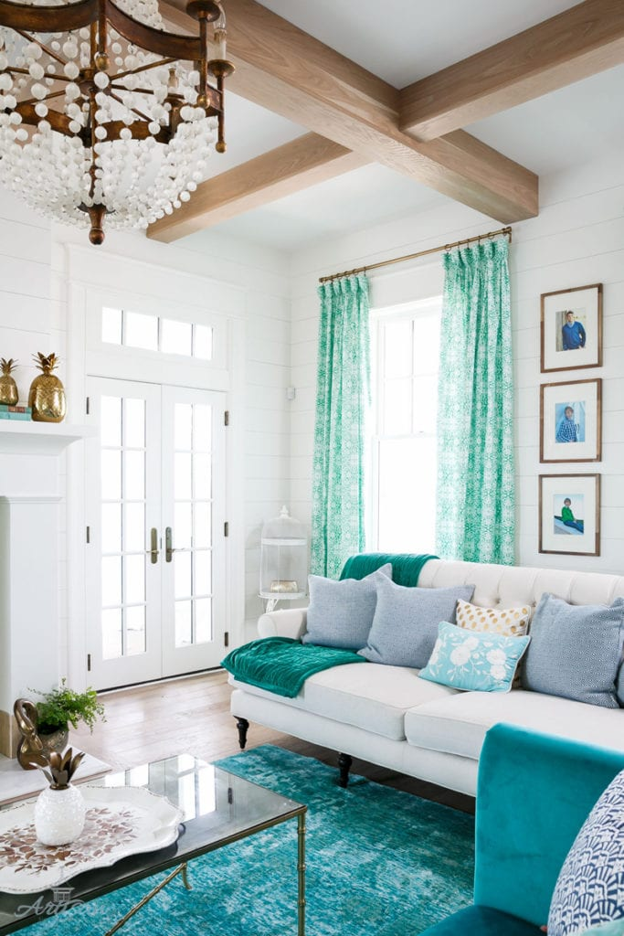 White and Aqua Home Tour via House of Turquoise for Artisan Signature Homes | Photo by Tim Furlong Jr.