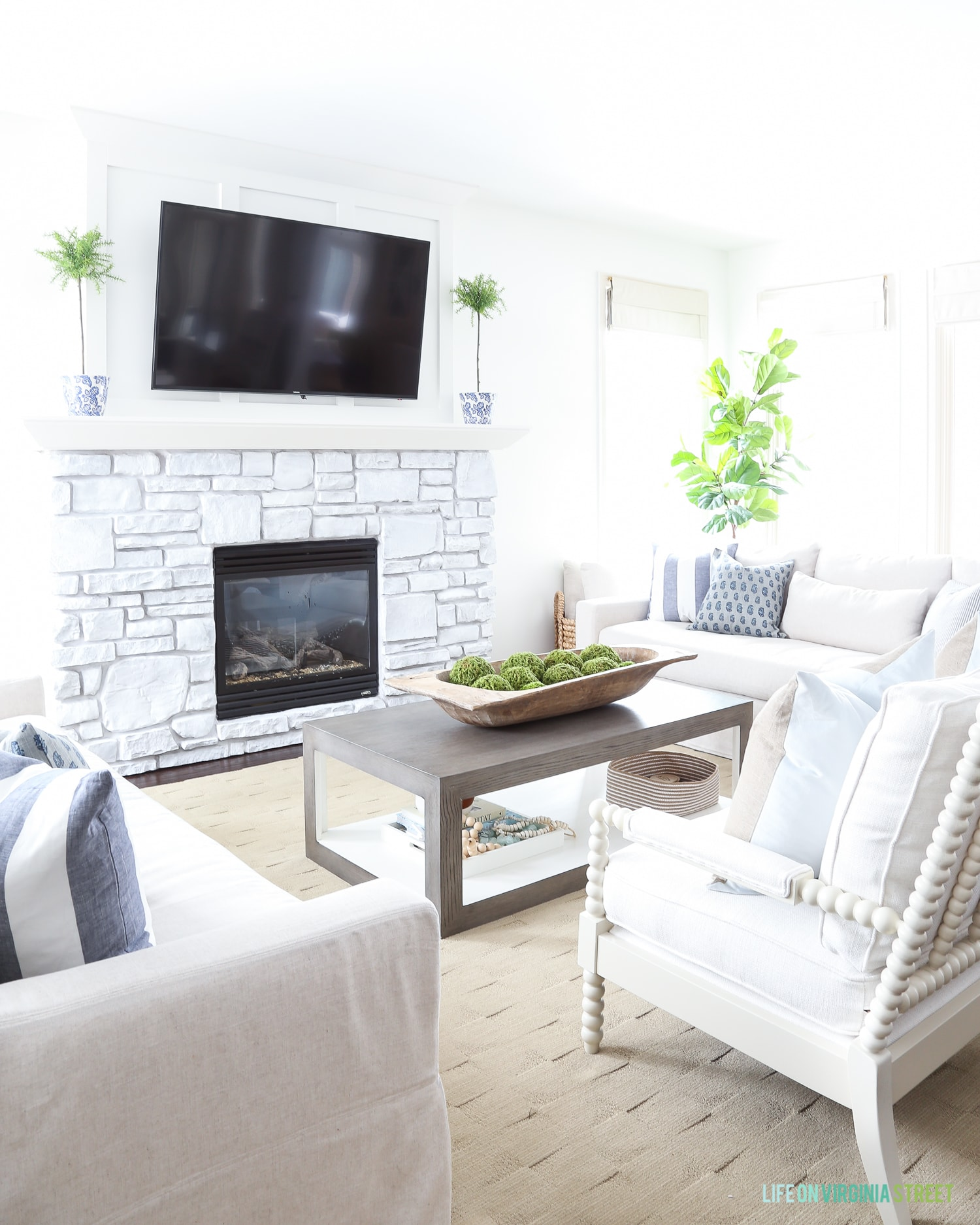 5 Simple Ways to Decorate for Spring - Life On Virginia Street