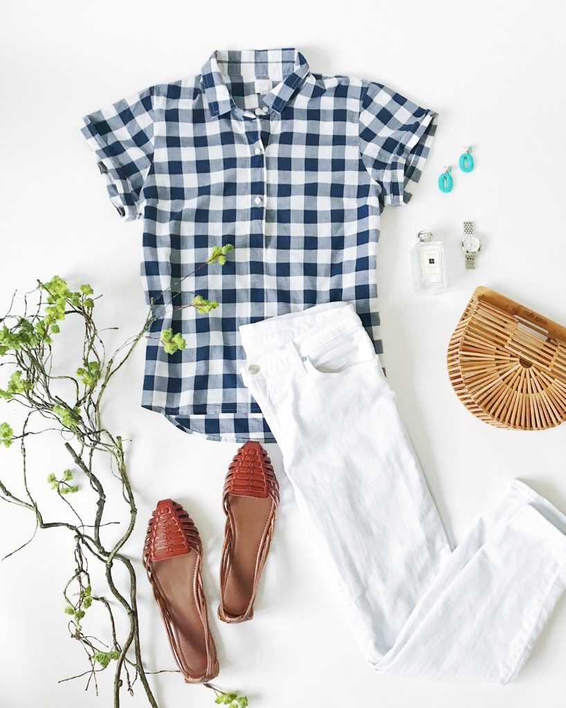 Navy blue and white gingham top, white skinny jeans, huarache sandals, Cult Gaia ark bag, turquoise bead earrings, Michele watch and Jo Malone Cologne. The perfect outfit for spring!