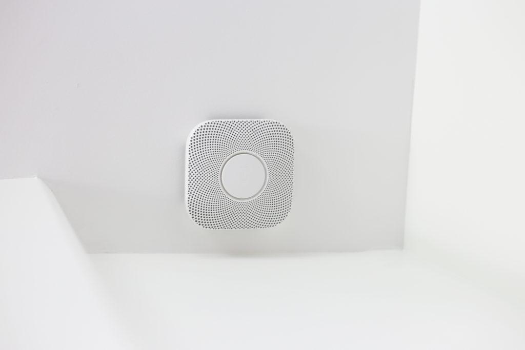 A CO alarm that features voice alert.