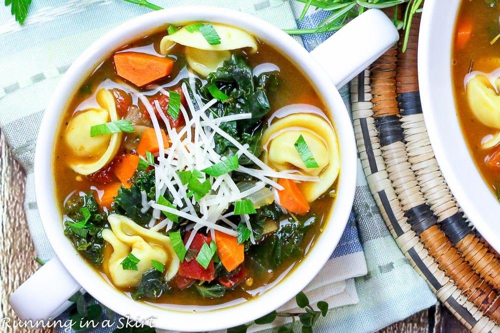 30-Minute Kale Tortellini Soup