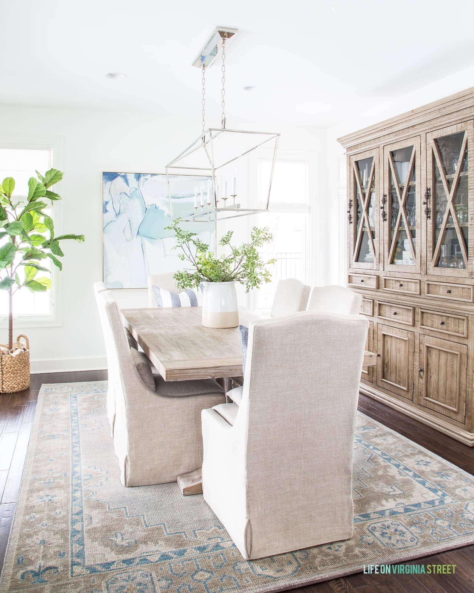 Simple Dining Room Decor: Weekend Recap & Simple Winter Decor Updates