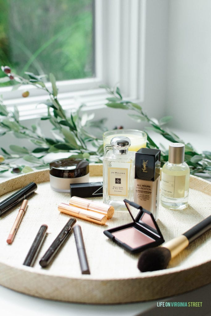 Details on my five minute makeup routine, along with my tried and true beauty favorites!