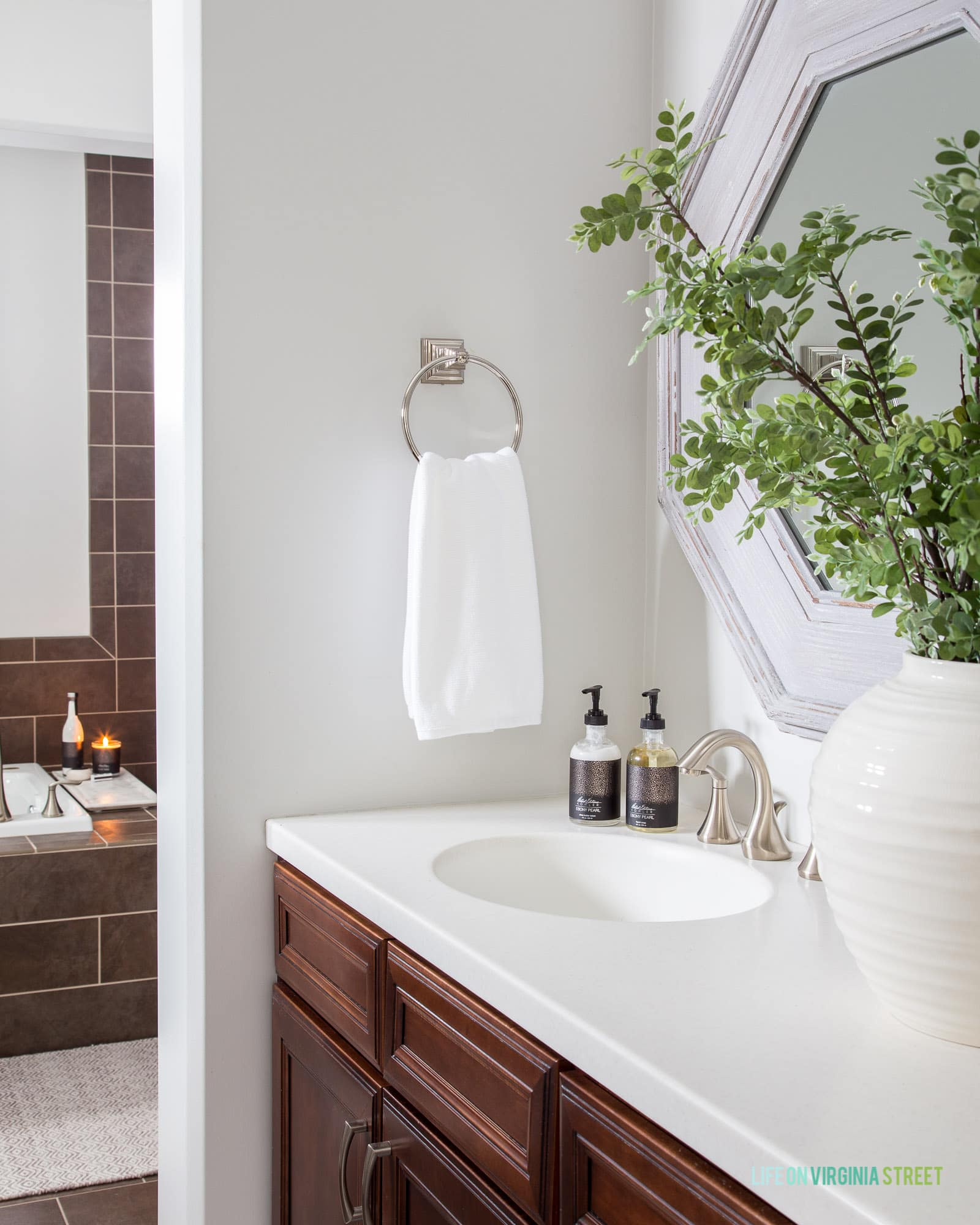 How To Make Your Bathroom Feel Like A Spa Life On